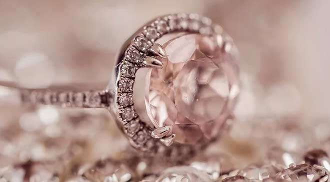 diamond jewellery in Dubai